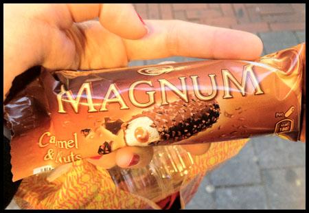 Magnum Caramel & Nuts