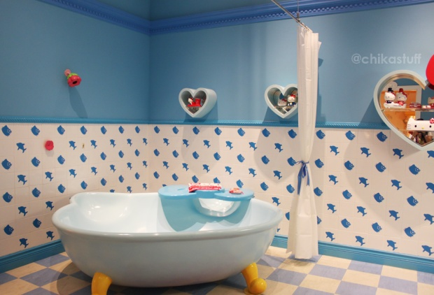 hellokitty bathtub