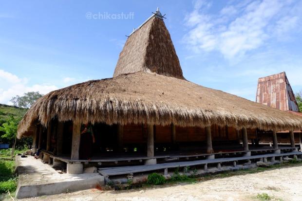 rumah adat sumba